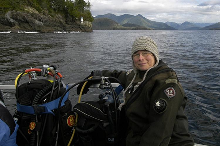 Barb Roy on her way to dive Nootka Sound