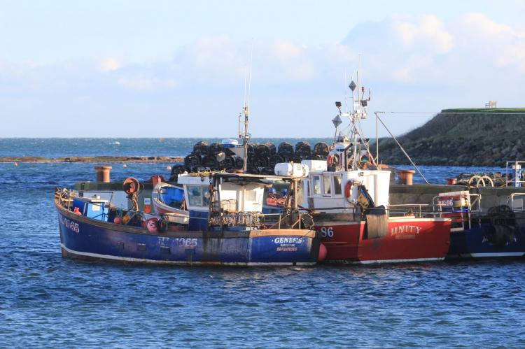 Seahouses Harbour, Farne Islands, scuba diving, Rosemary E Lunn, X-Ray Mag, Roz Lunn, boats