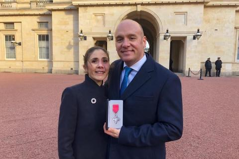 Alex Mustard, underwater photographer, MBE, Rosemary E Lunn, Roz Lunn, X-Ray Mag, XRay Magazine, scuba diving news