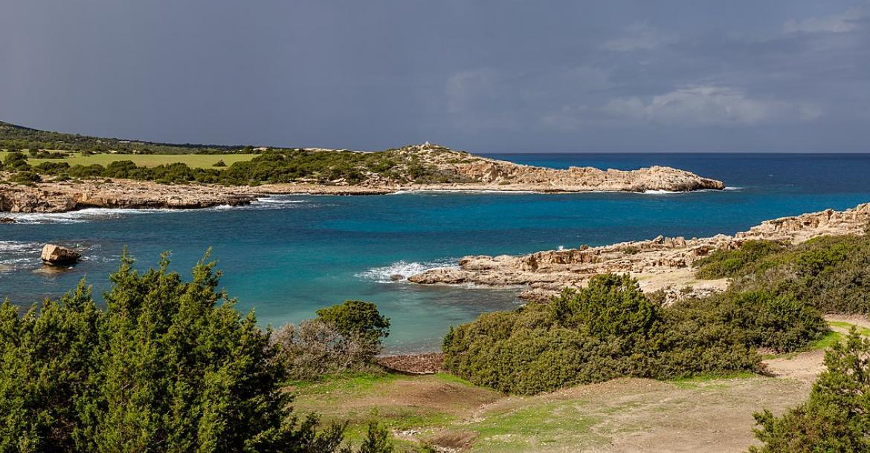 Amphiteathre Bay