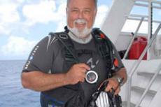 Wayne Hasson, DEMA, NAUI, Aggressor Fleet, Beneath The Sea Award, Rosemary E Lunn, Roz Lunn, XRay Magazine, X-Ray Mag, scuba diving news,